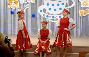 Сценка Три девицы